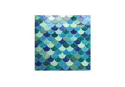 TILED SCALES